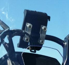 fixation polycarbonate pour support GPS sur tableau de bord